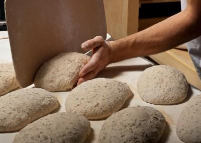 pipacs-pekseg-budapest-kezmuves-bio-4-magos-kenyer-30