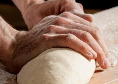pipacs-pekseg-budapest-kezmuves-bio-feher-kenyer-26