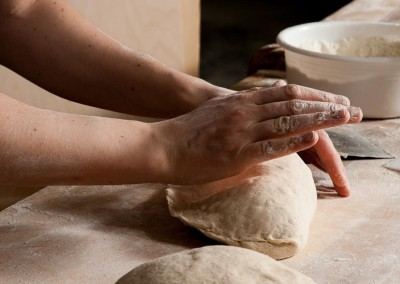 pipacs-pekseg-budapest-kezmuves-bio-felbarna-kenyer-19