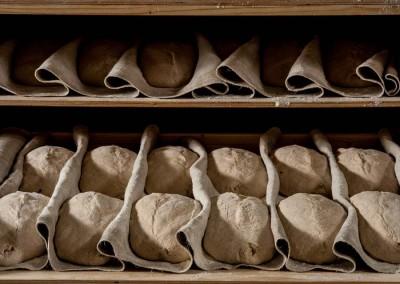 pipacs-pekseg-budapest-kezmuves-bio-felbarna-kenyer-29