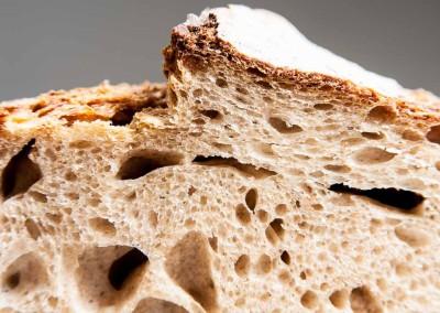 pipacs-pekseg-budapest-kezmuves-bio-felbarna-kenyer-34