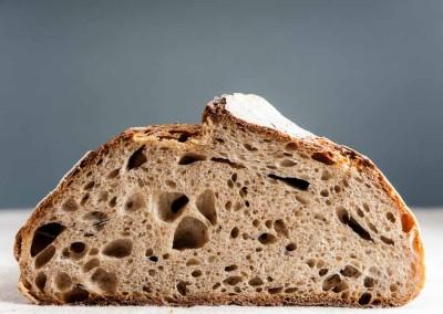 pipacs-pekseg-budapest-kezmuves-bio-felbarna-kenyer-35
