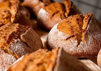 pipacs-pekseg-budapest-kezmuves-bio-tonkoly-kenyer-26