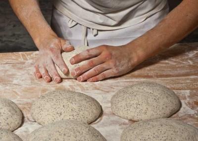 pipacs-pekseg-budapest-kezmuves-bio-makos-kenyer-17